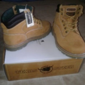 Men's Work Boots New in Box Size 9